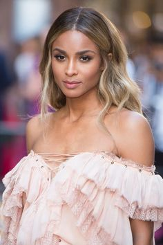 Is Indique Virgin Hair Worth It? Indique Hair Review – Is Indique Virgin Hair Worth It? Indique Hair Review Dark Ombre Hair, Dark Roots Blonde Hair, Ombre Hair Color, Hair Color Balayage, Blonde Balayage, Hair Highlights, Ciara Hair Color, Hair Color For Dark Skin, Blonde Ombre