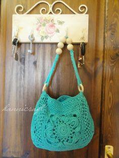 hannicraft Crochet purse for the Summer