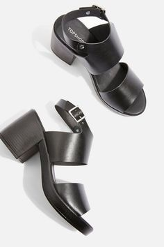 1715bc0fba3d3 20 Best Chunky sandals images