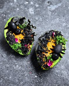10 days left till Halloween... Tag someone to eat these 'Avocado Spider Gardens' with! #halloween #2017 #fooddeco #avocadogarden #avocadospidergarden 🕷