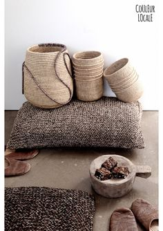 Sisal cushions from colombia - Couleur Locale web shop Sisal, Deco Ethnic Chic, Rattan Lampe, Blueberry Home, Sweet Home Collection, Basket Bag, Baskets On Wall, Storage Baskets, Lombok