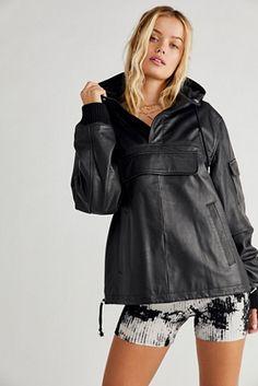 Anorak Jacket, Hooded Jacket, Cool Coats, Utility Jacket, Leather Fashion, Jackets For Women, Women's Jackets, Leather Jacket, Sleeves