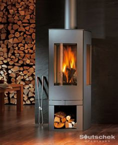 Moderne Kaminöfen Raubling Rosenheim Pellet Stove, In The Tree, Store Design, Foyer, Sweet Home, Home Appliances, Interior Design, Architecture, House