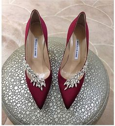 Burgundy Manolo Blahnik heels with crystal embellishments- bridal shoes idea Dream Shoes, Crazy Shoes, Me Too Shoes, Pretty Shoes, Beautiful Shoes, Dead Gorgeous, Hello Beautiful, Designer Wedding Shoes, Designer Shoes