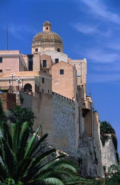 The Catedrale di Santa Maria (il Duomo) sitting high above the city of Cagliari.