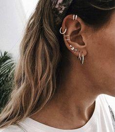 30 ear piercing ideas that will convince you once and for all . - 30 ear piercing ideas that will convince you once and for all – convince - Ohrknorpel Piercing, Body Piercings, Bellybutton Piercings, Helix Piercing Jewelry, Types Of Ear Piercings, Ear Piercings Cartilage, Multiple Ear Piercings, Tongue Piercings, Cartilage Hoop