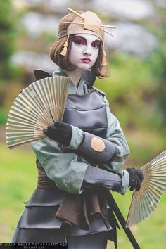 Suki (Kyoshi Warrior) from Avatar at Sakura-Con - Avatar Cosplay, Avatar Costumes, Epic Cosplay, Cute Cosplay, Amazing Cosplay, Cosplay Outfits, Katara Costume, Anime Cosplay, Cosplay Ideas