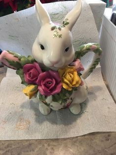 Vintage Royal Albert Old Country Roses Teapot - Bunny Teapot - Rabbit Teapot - Easter Teapot - Novelty Teapot Tea Pot - Animal Teapot