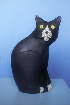Love ceramic cats