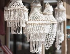 Moon to Moon: Shell Chandeliers.... - SERIOUSLY my favorite thing ever