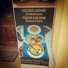 El peligro de usar el traductor de Google para el menú. #CookedLions.