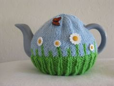 butterfly and daisy tea cosy (tea cozy) for your teapot; handmade by nana@cutiepiehats.com