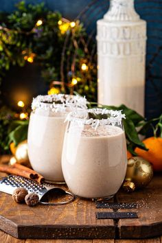 This thick and creamy Coquito recipe is a Puerto Rican tradition that is loaded with coconut, rum and cinnamon for an extra thick and creamy coconut eggnog! Nutella Coquito Recipe, Puerto Rico Coquito Recipe, Best Coquito Recipe, Authentic Coquito Recipe, Pistachio Coquito Recipe, Coquito Recipe With Eggs, Puerto Rican Rum Cake Recipe, Drink Recipes, Sweets