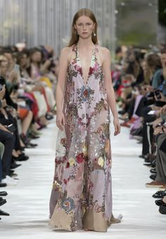 Valentino - Spring/Summer 2018 Woman - Look 74 of 76