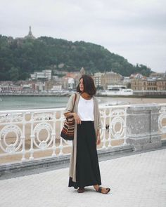 Fashion Dresses Simple and cute casual outfit. Spring Summer Fashion, Spring Outfits, Autumn Fashion, Mode Outfits, Fashion Outfits, Womens Fashion, Outfits Jeans, Fashion Boots, Looks Style