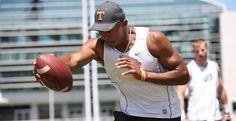 Academic talk always OK for Tennessee Vols football's Josh Dobbs