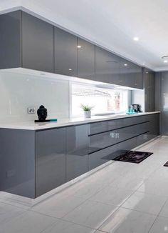 Moderne eigentijdse keuken door Harrington Kitchens in Raby, NSW Luxury Kitchen Design, Kitchen Room Design, Contemporary Kitchen Design, Kitchen Cabinet Design, Luxury Kitchens, Home Decor Kitchen, Interior Design Kitchen, Home Kitchens, Modern Kitchen Cabinets