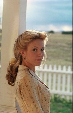 Diane Lane in Lonesome Dove Supergirl, Lonesome Dove Quotes, Diane Lane Actress, Robert Duvall, Old Movie Stars, Le Far West, Shows, How Beautiful, Beautiful People