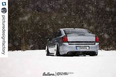 love that ass 😍😍😍 __________ 📸 Snow Pictures, Cars And Motorcycles, Winter Wonderland, Race Cars, Evolution, Facebook, Sport Cars, Opel Vectra, Cars Motorcycles