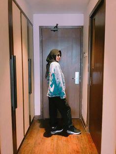 Hijab style. black square hijab Jeans jacket bohemian Black Linen pants ruffle With bershka shoes #boho #hijab