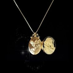 Sterling-Silver925-Slim-Photo-Locket-Pendant-Virgin-Mary-Baby-Jesus-GP-Necklace
