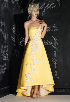 Vestido de fiesta Modelo 5472  de Nacho Bueno 2017 en Eva Novias Madrid.  #vestido #fiesta #madrina #2017 #moda #fashion #invitada #invitadaperfecta #evanovias #tienda #madrid #modamujer #nacho #bueno
