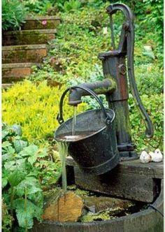 Extraordinary Decorative Garden Fountains IdeasYou can find Water features in the garden and more on our Extraordinary Decorative Gar. Garden Water Pump, Backyard Water Feature, Water Pump Diy, Garden Water Fountains, Diy Fountain, Outdoor Fountains, Homemade Water Fountains, Garden Ponds, Koi Ponds