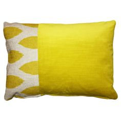 Bring a pop of color to your sofa, settee, or chaise with this eye-catching pillow, brimming with chic style and exotic appeal.   Product:...