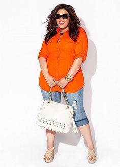 // outfit idea // Orange top, light wash denim Bermudas or capris, wedges and tote