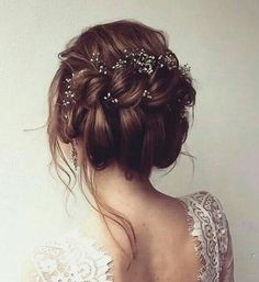 Elegant bridal updo! find your dream wedding gown www.customdreamgowns.com