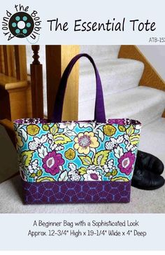 The Essential Tote Pattern Tote Pattern, Purse Patterns, Sewing Patterns, Quilted Tote Bags, Patchwork Bags, Patchwork Designs, Moda Mania, Fabric Bags, Fabric Basket