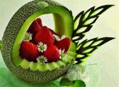 https://www.facebook.com/pages/Presentations-a-faire-avec-des-fruits-et-des-legumes/551277488265090