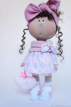 Интерьерная кукла - купить или заказать в интернет-магазине на Ярмарке Мастеров - FOWNDRU. Саратов   Кукла тильда. Куколка может стоять и сидеть…