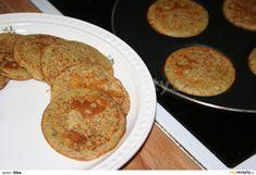 Placičky z cizrnové mouky Pancakes, French Toast, Gluten Free, Breakfast, Food, Bulgur, Glutenfree, Morning Coffee, Essen