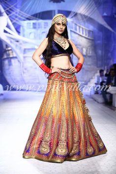 indian princess. vibrant lehenga. Kangana Ranaut walking for JJ Valaya 2013