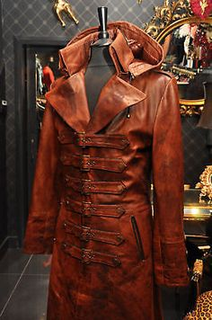 Impero London Mens Steampunk Antique Tan Leather Buckle Coat Costume 25 Off Steampunk Jacket, Steampunk Costume, Steampunk Fashion, Long Leather Coat, Leather Jacket, Tan Leather, Apocalyptic Clothing, Victorian Coat, Moda Masculina
