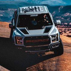 Amazing: This car is my dream vehicle. Ford F150 Raptor, Raptor Truck, Ford Ranger Raptor, Jeep Truck, Chevy Trucks, Pickup Trucks, Truck Accessories, Ford Raptor Accessories, Badass Jeep