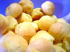 Pão de Queijo de Minas Gerias--Brazilian Cheese Bread <3<3