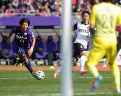 [ J1:第3節 広島 vs 浦和 ] 「(西川)周作からゴールを決めて勝つことしか、考えていない」と話していた佐藤寿人(写真/#11)だったが、この日はゴールを決めることは出来ず、チームも敗れる結果となってしまった。 タグ:佐藤寿人  2014年3月15日(土):エディオンスタジアム広島