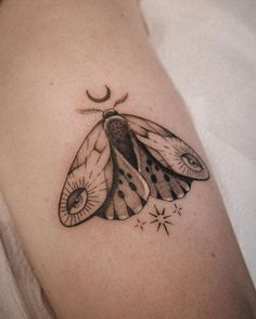 "Jacque López ☾ Lisbon tattoo on Instagram: ""My moth wannado for Lisa ✨😍 Thanks for choosing this design dear ♥️ . . . . . #radtattoos #tattoodo #tattoo2me #blackworkers…"""