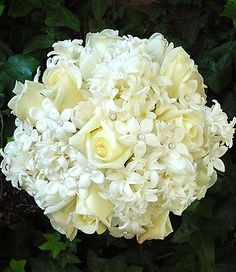 Rose and Stephanotis bouquet - in season year round and very elegant! Found on tomobi.com