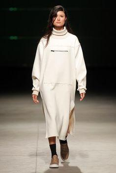 Máxima Online: Portugal Fashion FW 16/17 | Desfile Hugo Costa