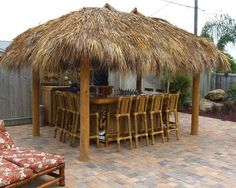 Custom Tiki Bar & Hut with built-in tiki gods960 x 768 | 161.3 KB | www.palmhuts.com
