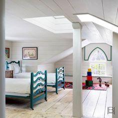 Beata Heuman does Nantucket Beata Heuman, Nantucket Home, Interior Design Companies, The Ranch, Kids Bedroom, Kids Rooms, Teen Bedrooms, Bedroom Ideas, East Coast
