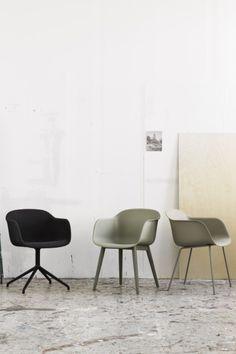 Stühle, Leuchten und The Dots - Muutos Möbelstücke und Accessoires sind eine Bereicherung für jede Räumlichkeit! Wood Furniture Store, Outdoor Furniture Chairs, Industrial Furniture, Home Furniture, Office Furniture, Inexpensive Furniture, Cheap Furniture, House Doctor, Comfy Armchair