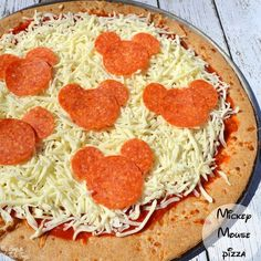 For all those Disney lovers out there - here's an easy way to bring the Disney magic to your home! Create a mickey pizza!