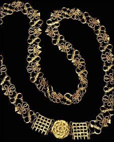 The only remaining, authenticated Chain of Office during the Reign of Henry VIII.