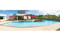 ¡Nos encanta la piscina de Vega Serena en Vega Baja!