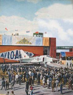 Avro Arrow, Arrow Art, Plane Design, Experimental Aircraft, Military Jets, Aviation Art, Spacecraft, Armed Forces, Arrows