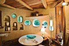 Amazing Greenhouse Earthship Home Design Made Of Recycled - Decomagz Cob Building, Green Building, Building A House, Adobe Haus, Cob House Interior, Interior Design, Modern Interior, Interior Decorating, Earth Bag Homes